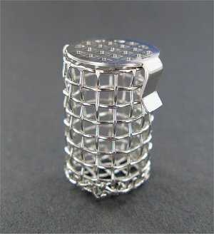 8 Mesh Basket Sinker, 316 SS, 1.06″ (26.9mm) L x .62″ (15.7mm) W capacity